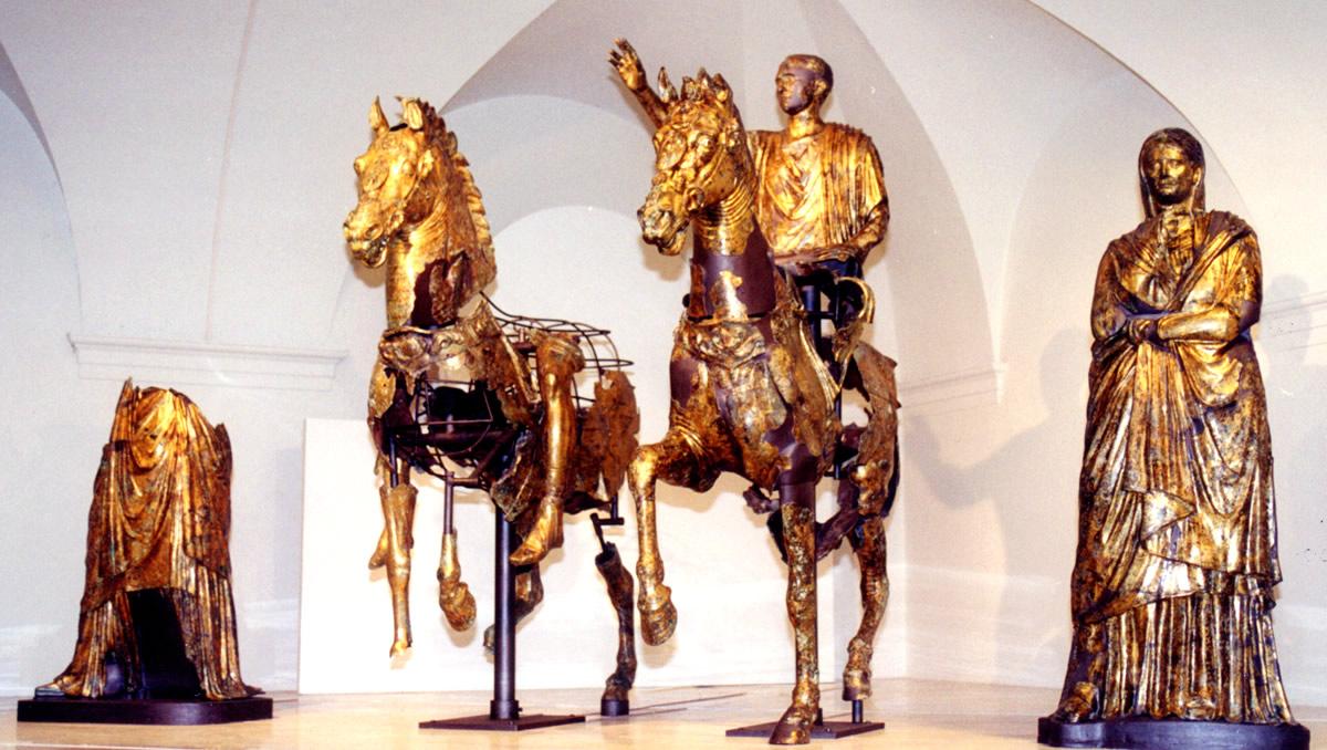 Bronzi Dorati di Cartoceto di Pergola