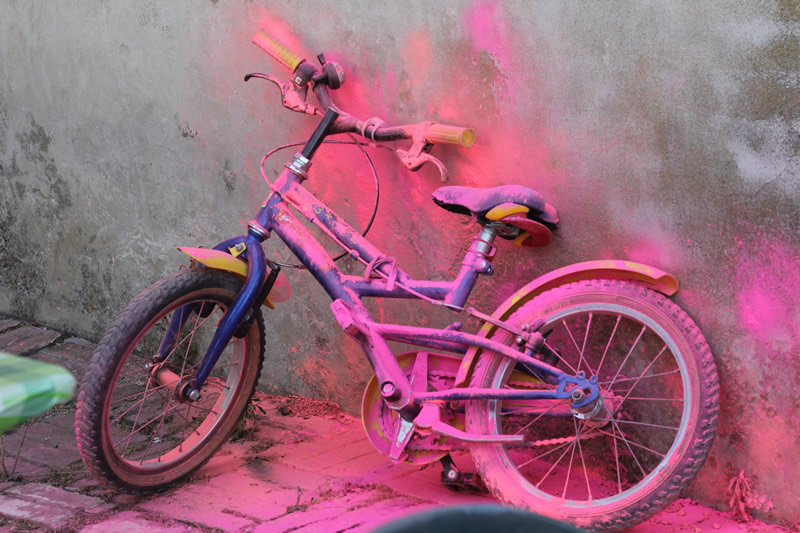 color bike runner